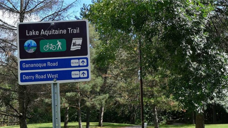 Lake Aquitaine Trail Urban Towns By Kaneff